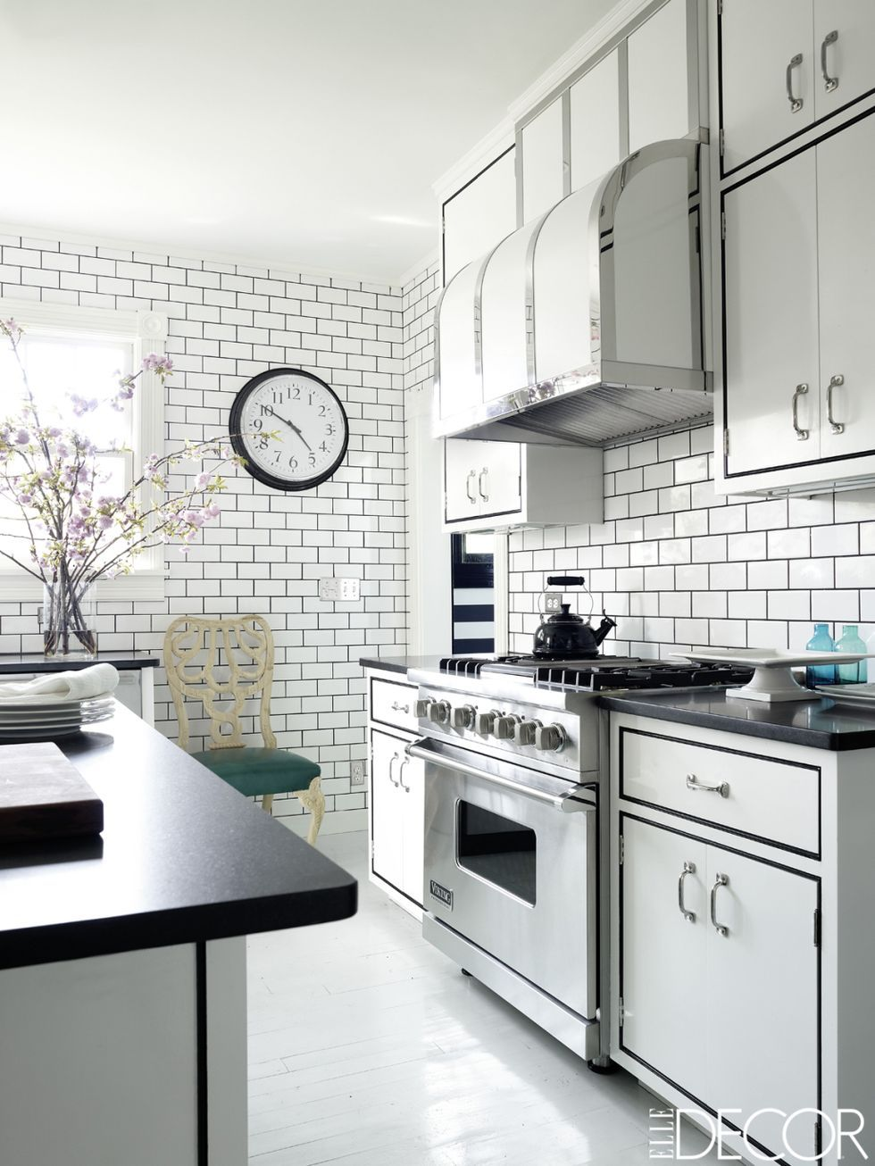- 33 Subway Tile Backsplashes - Stylish Subway-Tile Ideas For Kitchens