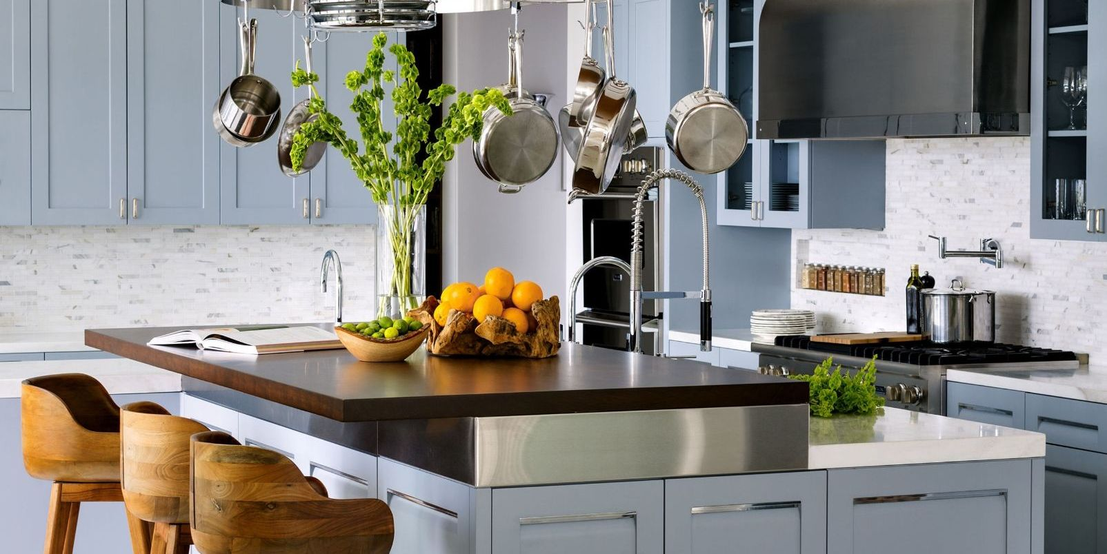 35+ Interior Designers Reveal Their Favorite Kitchen Paint Colors