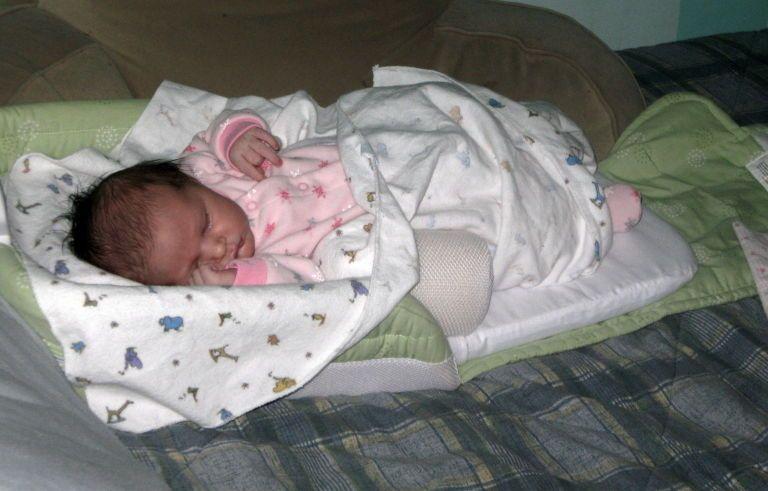 I Chose Sleeping With My Baby Over Sleeping With My Husband