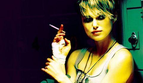 Music artist, Lip, Performance, Smoking, Singer, Pop music, Black hair, Music, Singing, Photography,