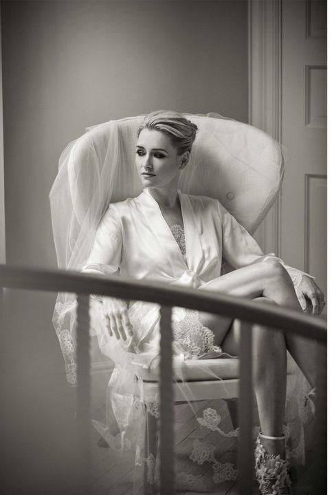 Photograph, Bridal veil, Bride, Bridal accessory, Wedding dress, Veil, Dress, Gown, Bridal clothing, Snapshot,