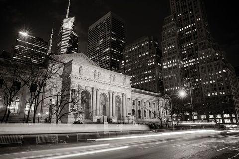 Metropolitan area, City, White, Metropolis, Landmark, Black, Night, Urban area, Black-and-white, Architecture,