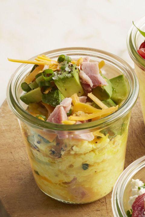 Leftover Ham Recipes Cheddar, Pepper, and Avocado Scrambled Eggs in a Jar