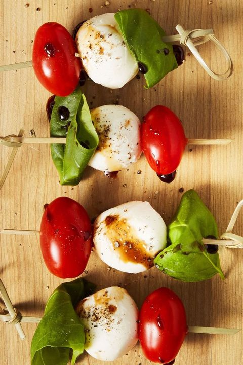 best-tailgate-food - caprese-bites