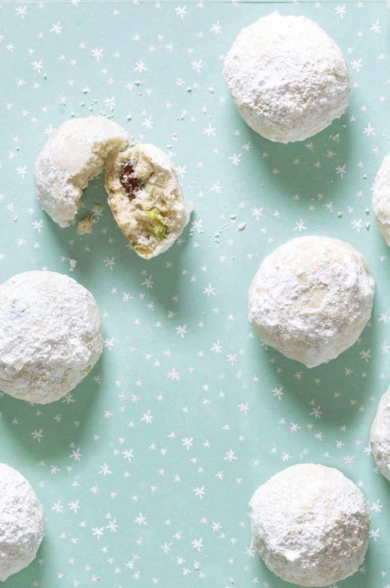 Snowball Cookies Pistachio and Cherry Provolone