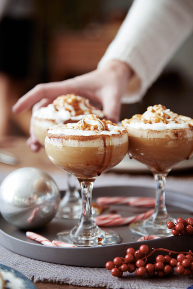 16 Christmas Cocktails That Guarantee A Jolly Good Time