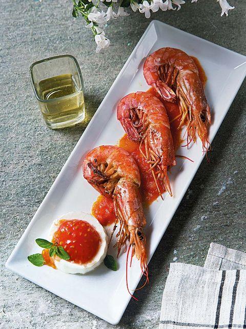 Food, Lobster, Shrimp, Dish, Crayfish, Cuisine, Caridean shrimp, Seafood, Spiny lobster, Ingredient,