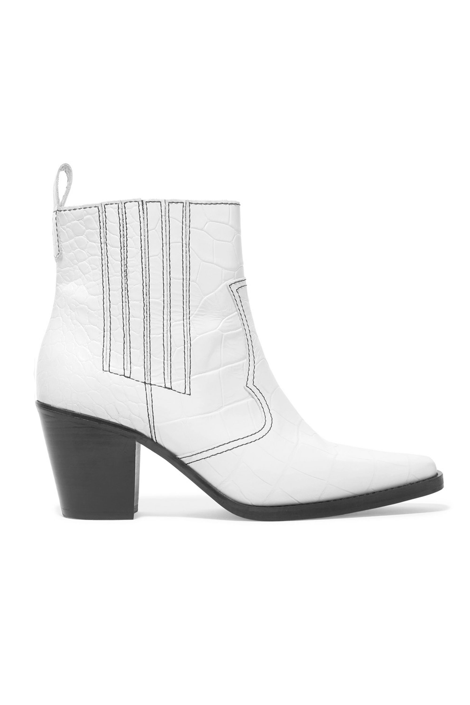 435fce84ae02e7 10 best white boots to buy for spring 2019 – How to wear white boots