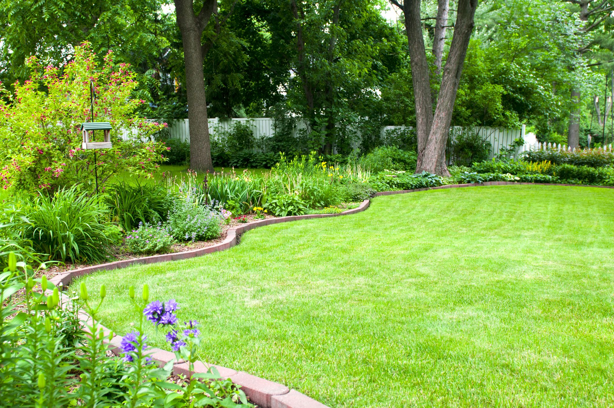 Garden Edging Ideas Garden Border Edging Tips From A Landscaper