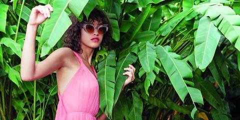Green, Leaf, Eyewear, Beauty, Pink, Glasses, Botany, Plant, Photo shoot, Tree,