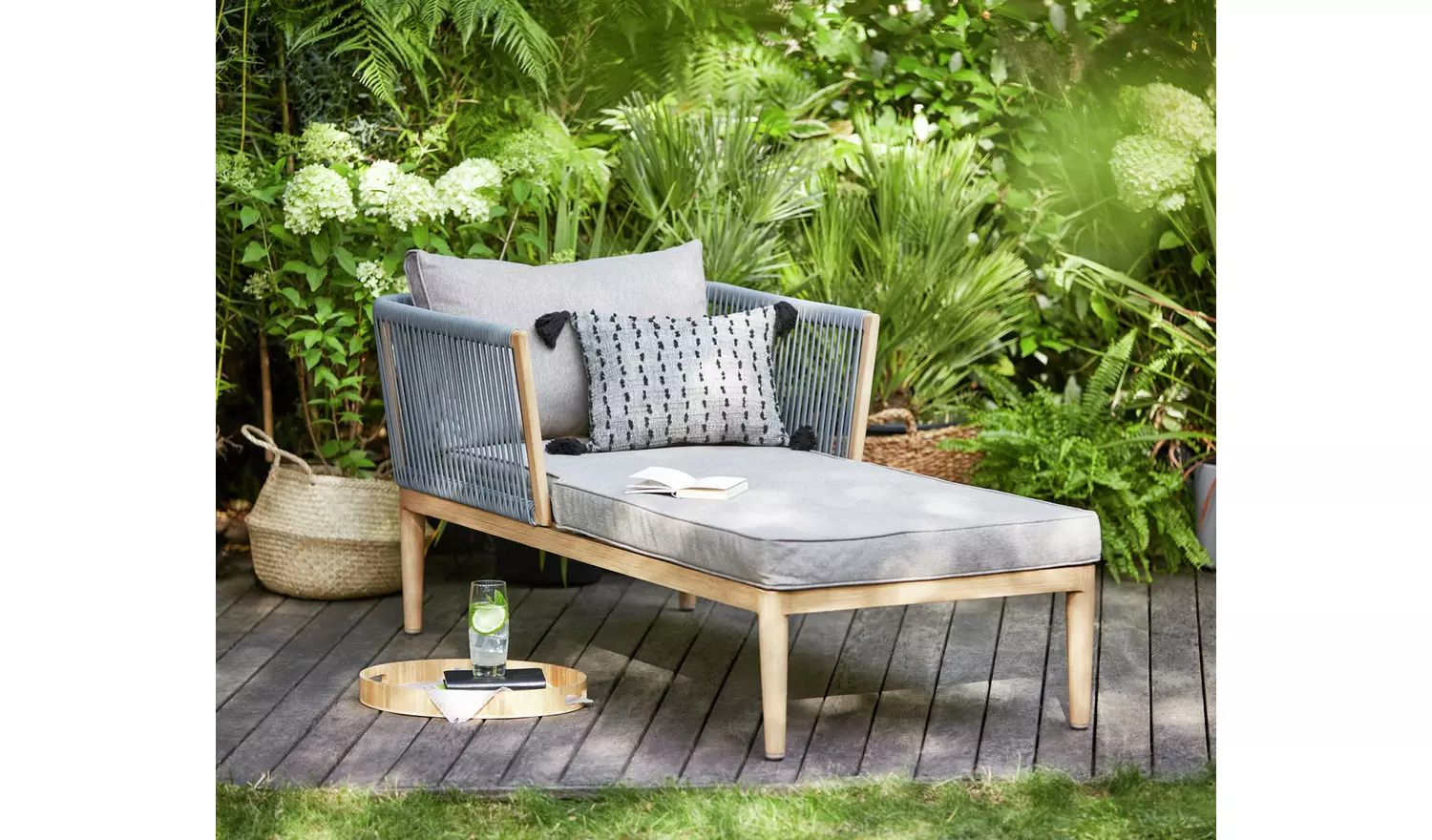 11 Garden Sun Loungers For 11 - Best Garden Loungers To Buy