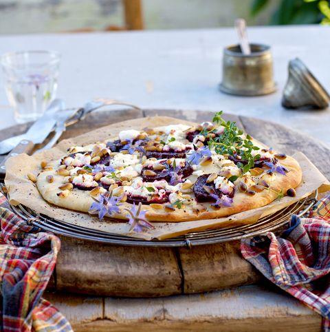 Herstelpizza 3: Zoete aardappel, gegrilde kip en truffelroo