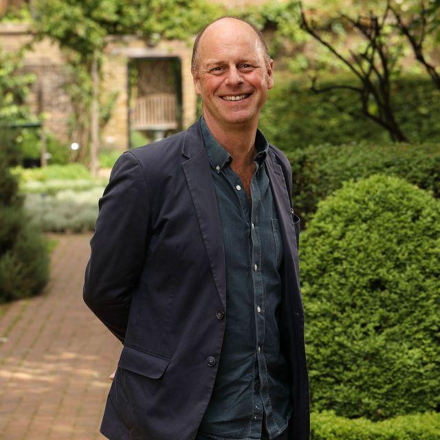 joe swift joe swift in the geffrye museum garden, gardeners' world