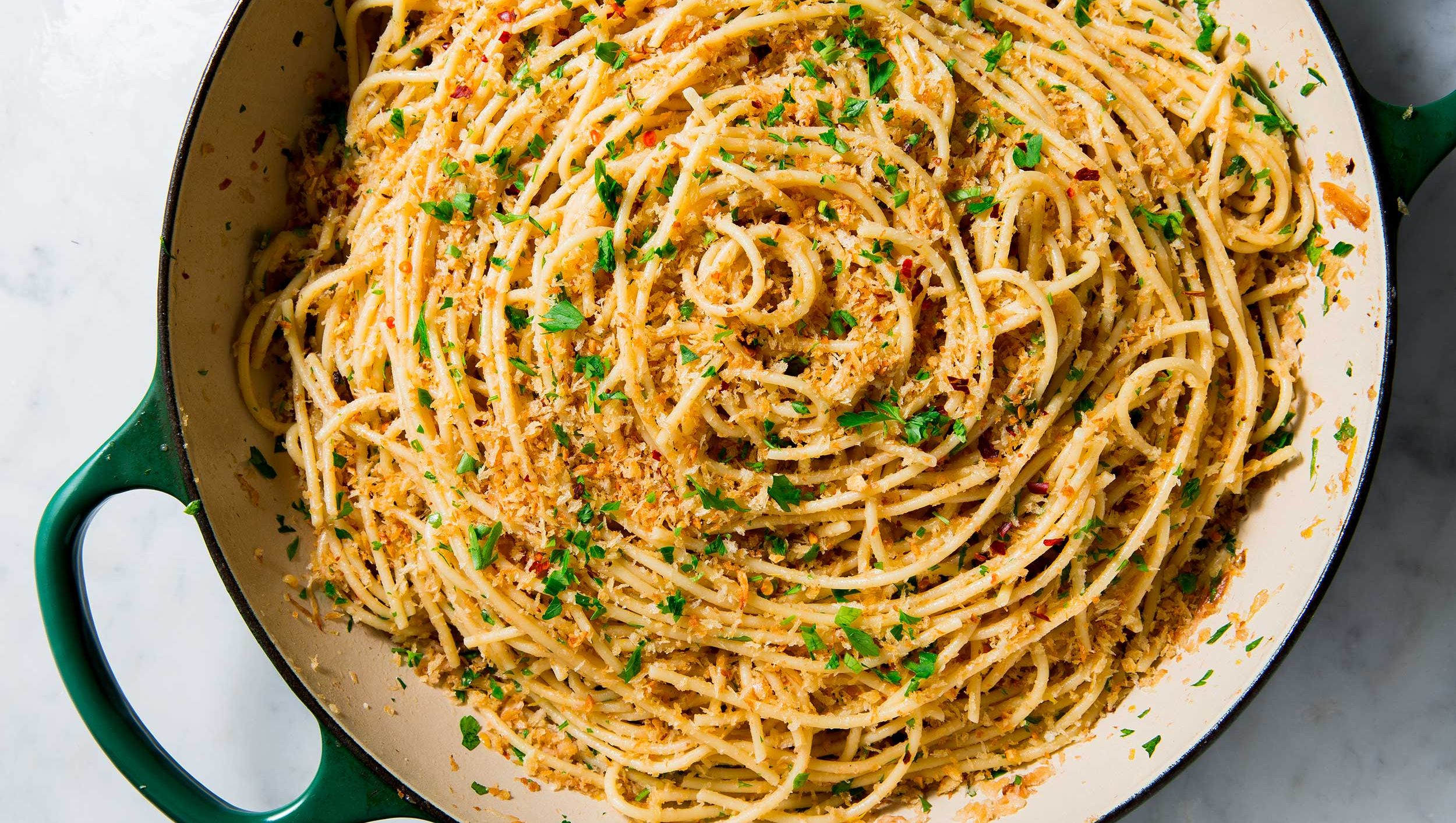 how to make garlic spaghetti