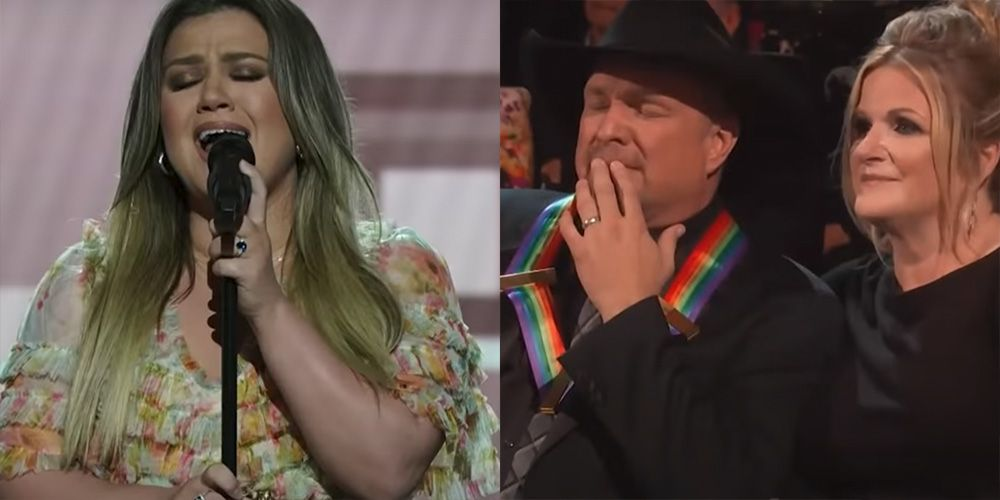 """Garth Brooks Nearly Lost It Watching Kelly Clarkson's Moving Rendition of """"The Dance"""""""