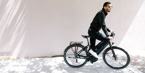 Land vehicle, Bicycle, Vehicle, Cycling, Cycle sport, Bicycle wheel, Mountain bike, Bicycle frame, Bicycle accessory, Hybrid bicycle,