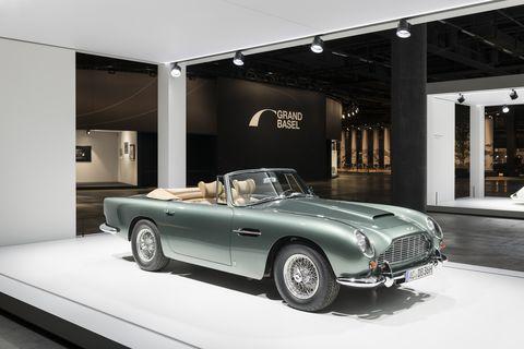 Land vehicle, Vehicle, Car, Convertible, Classic car, Coupé, Automotive design, Aston martin db5, Sports car, Sedan,