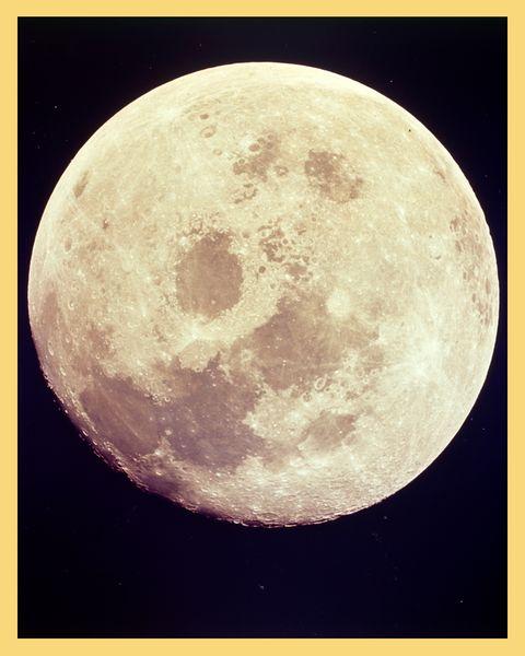 Moon Landings - Meet the women who masterminded the moon landings