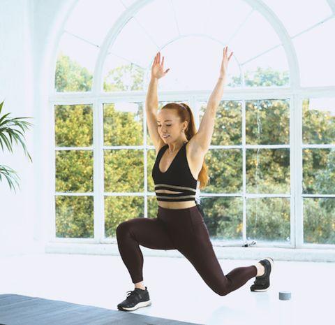 Physical fitness, Shoulder, Arm, Leg, Sportswear, Thigh, Standing, Joint, Strength training, Human leg,