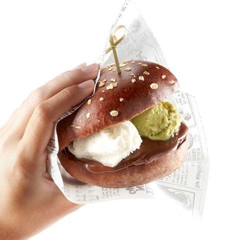 Gelato Burger - Delish.com