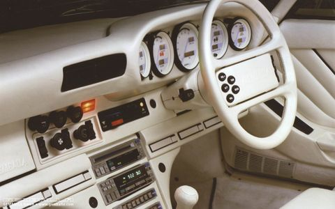 Land vehicle, Vehicle, Car, Steering wheel, Center console, Sedan,