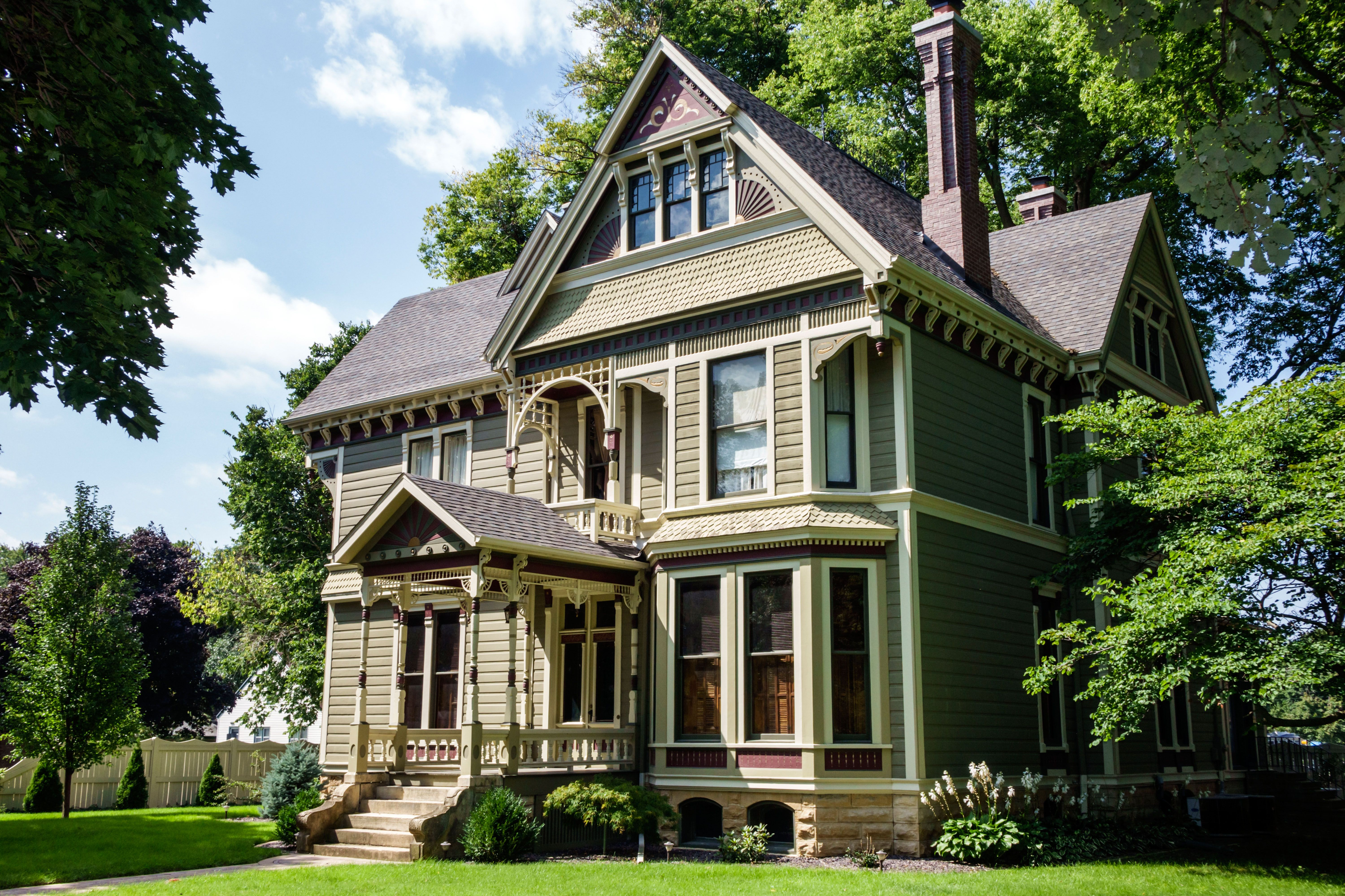 The Perfect House For Every Zodiac Sign - Astrology Dream Homes