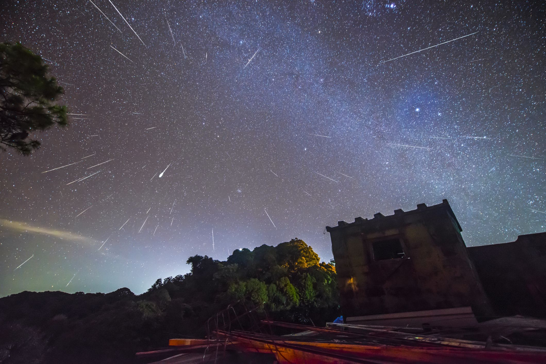 You Could Spot a Unicorn Meteor Storm Tonight