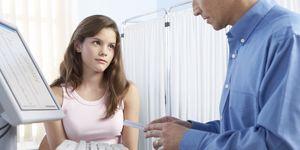 Adolescente en ginecólogo