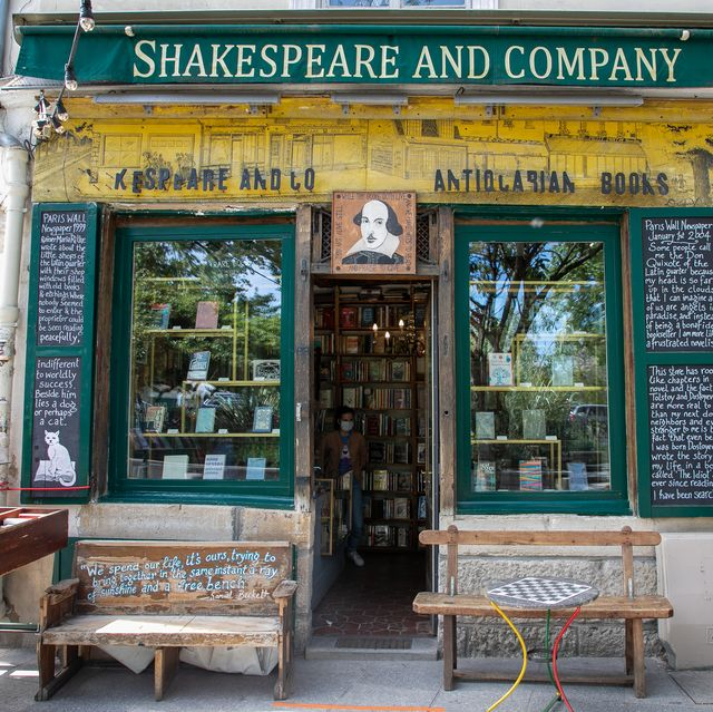 shakespeare bookstore, paris