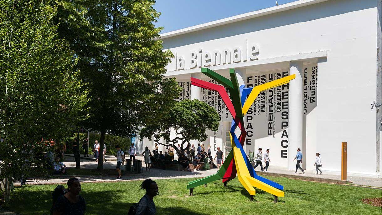 Biennale di Venezia, i 21 padiglioni nazionali più riusciti ai Giardini