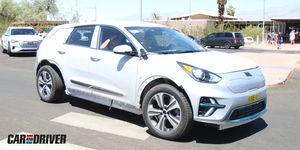 Genesis eléctrico coche mula cazado