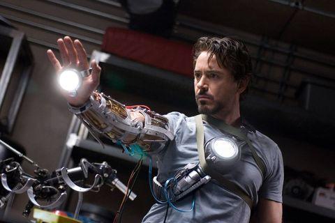 回顧「鋼鐵人」小勞勃道尼從11年前至今的造型演變,見證他從「痞子變英雄」的所有瞬間!