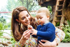 Kate Middleton gives Prince George, Princess Charlotte and Prince Louise private tour of Back to Nature garden