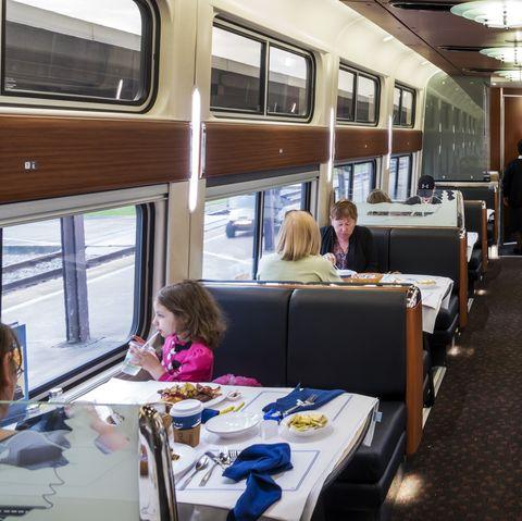 Georgia, Savannah, Amtrak, dining car, breakfast service