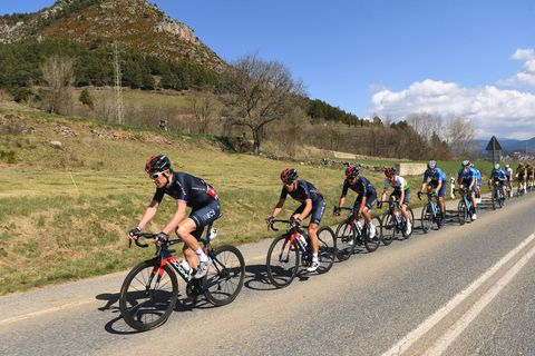 geraint thomas and richard carapaz riders to watch