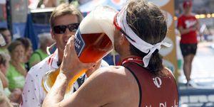 Germany's Faris al Sultan drinks beer af
