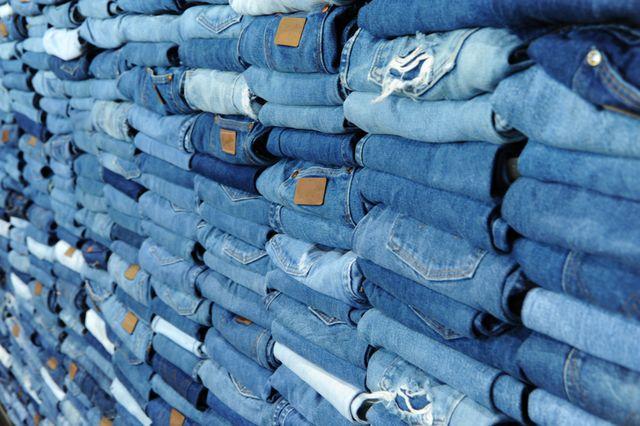 stack of blue denim jeans