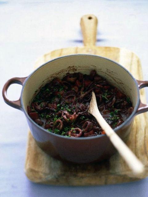 gestoofde-octopus-in-rode-wijn