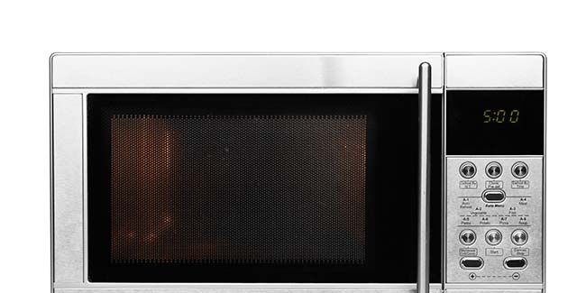 8 Things You Should Never Microwave Prevention
