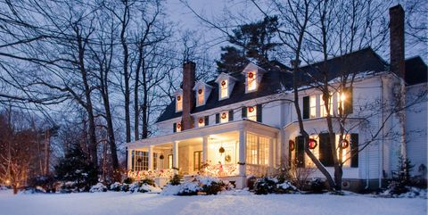 10 Ways To Decorate Your Porch For Christmas Christmas Porch