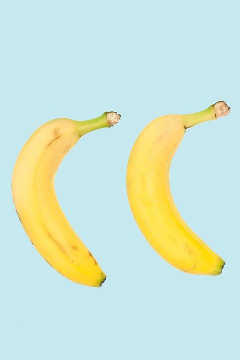 Banana family, Banana, Yellow, Peel, Cooking plantain, Plant, Natural foods, Food, Fruit, Superfood,