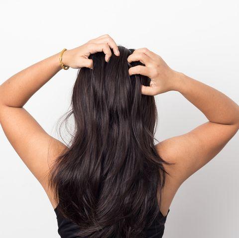 Hair, Hairstyle, Long hair, Black hair, Skin, Beauty, Brown, Brown hair, Hand, Human,