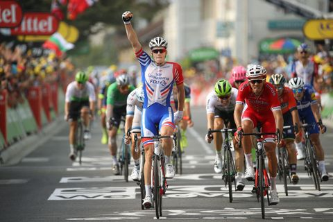 Land vehicle, Cycling, Cycle sport, Road cycling, Road bicycle racing, Vehicle, Sports, Bicycle, Bicycle racing, Cyclo-cross bicycle,