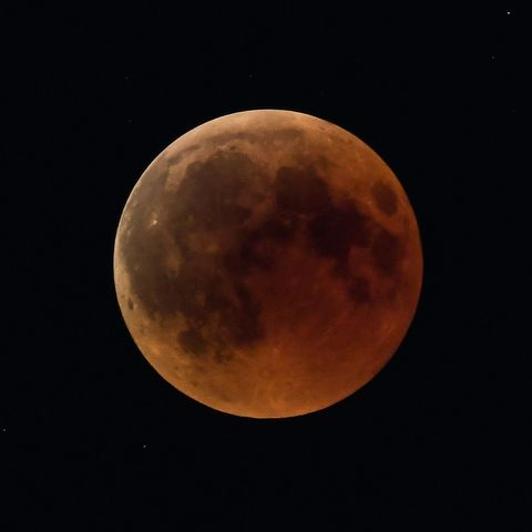 Moon, Celestial event, Astronomical object, Night, Atmosphere, Sky, Atmospheric phenomenon, Midnight, Lunar eclipse, Darkness,