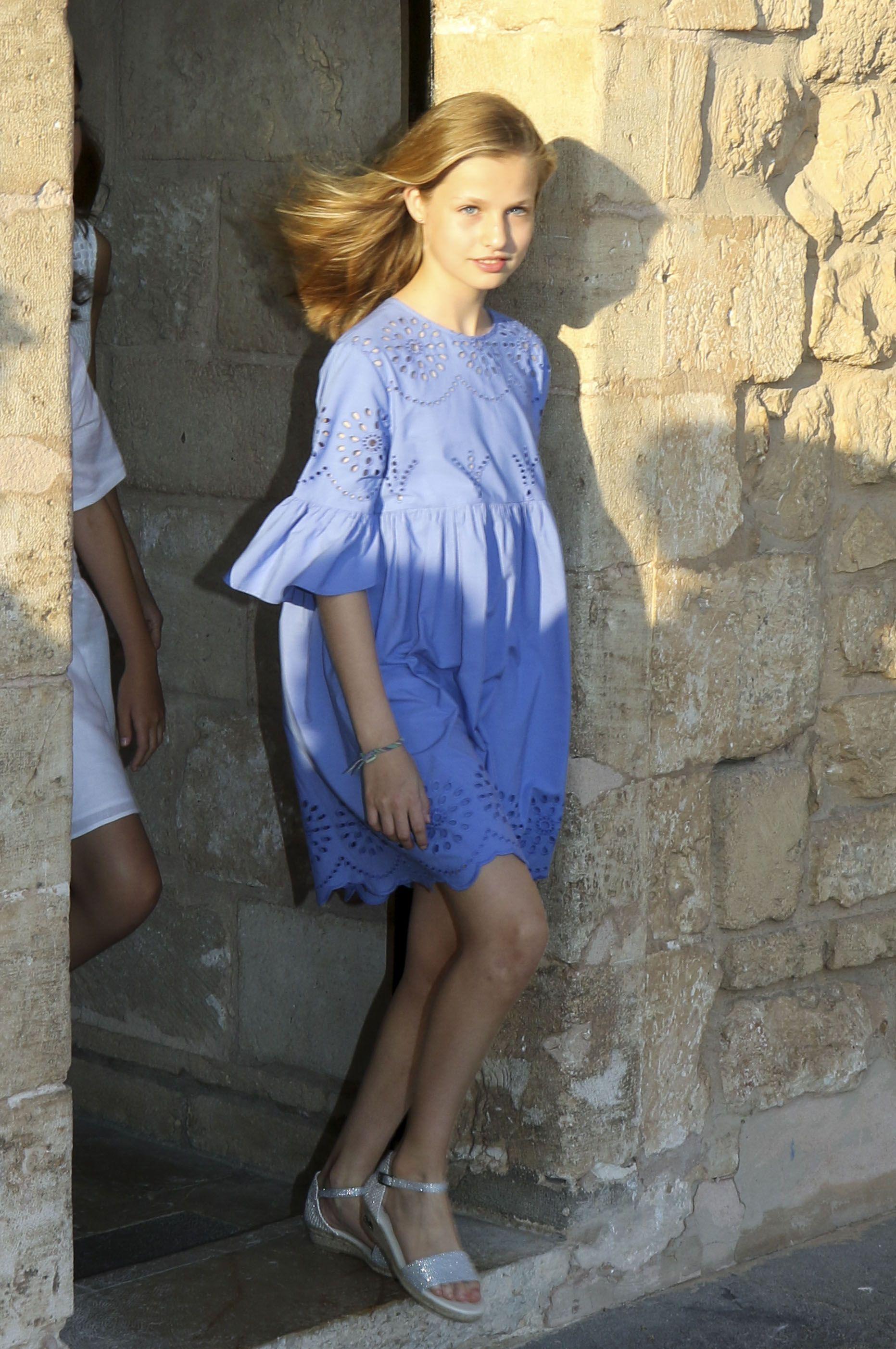 Vestido azul leonor