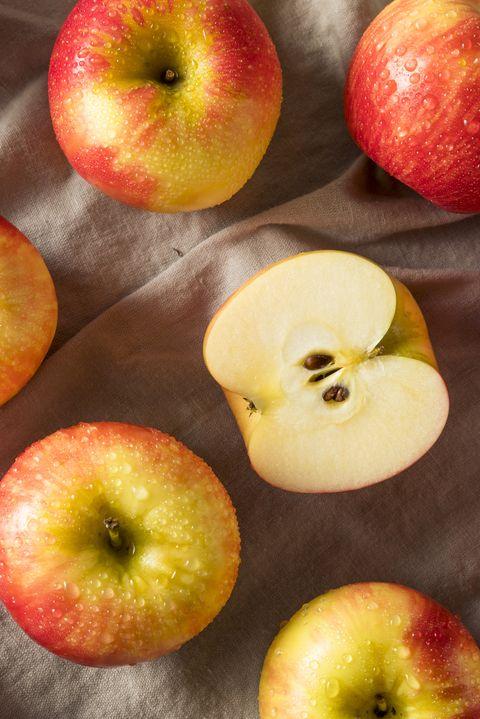 Raw Red Organic Honeycrisp Apples