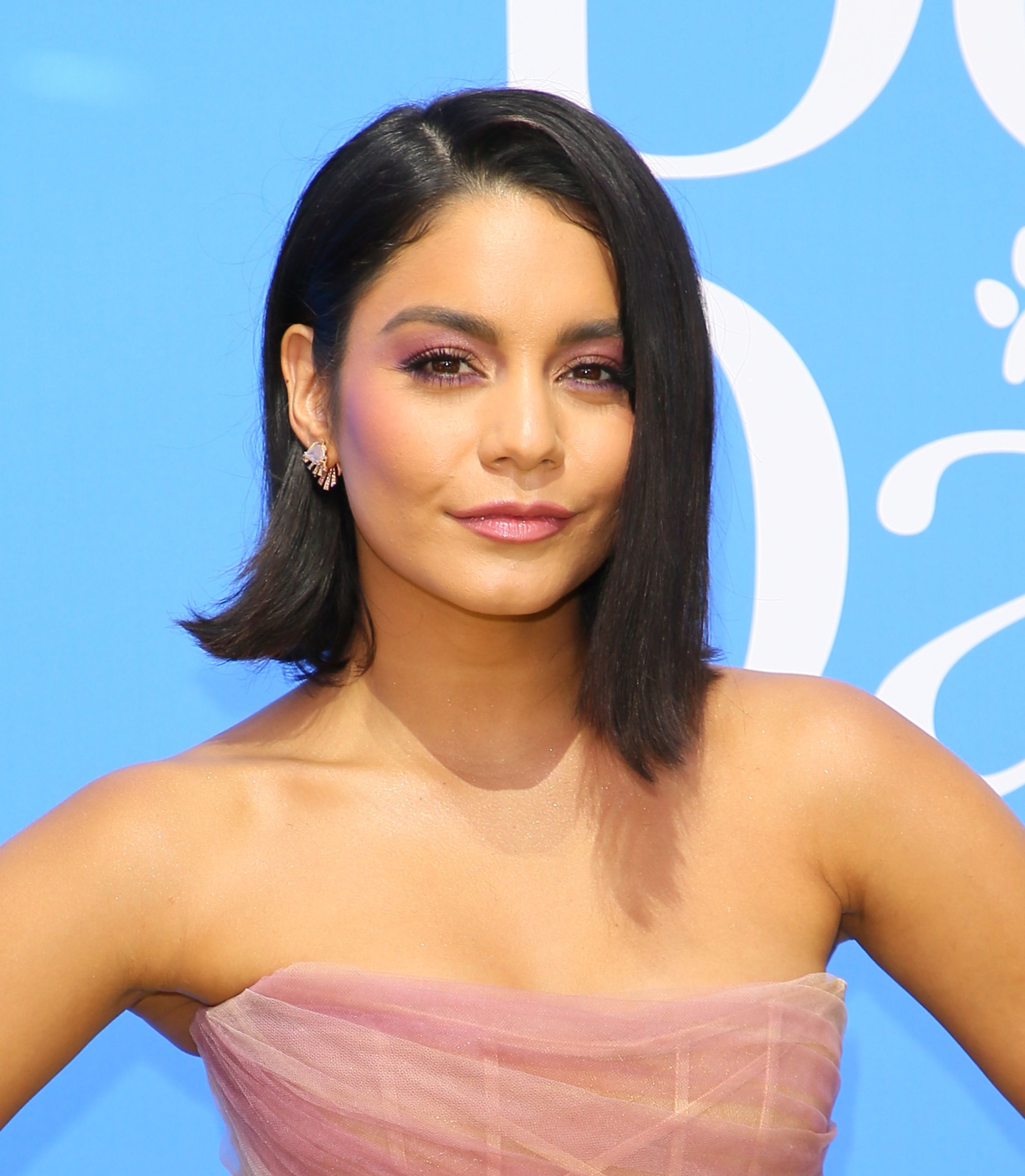 Vanessa Hudgens Just Posted A Pic Of Her Complete Travel Skincare Routine To Instagram