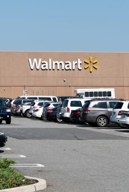 Walmart stores open on thanksgiving 2018