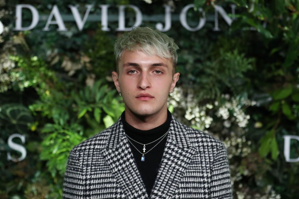 Anwar Hadid On The Scent That Reminds Him Of His Sisters And What Love Smells Like