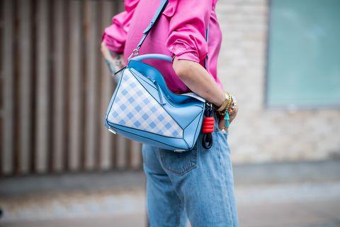 Plaid, Street fashion, Shoulder, Pink, Tartan, Clothing, Blue, Pattern, Bag, Fashion,